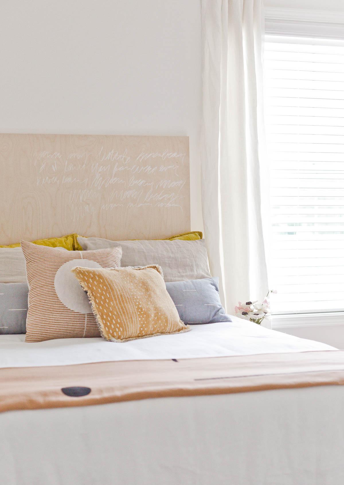 Design-Crush-SeventhandOak-Renter-Friendly-Room-Office6.jpg