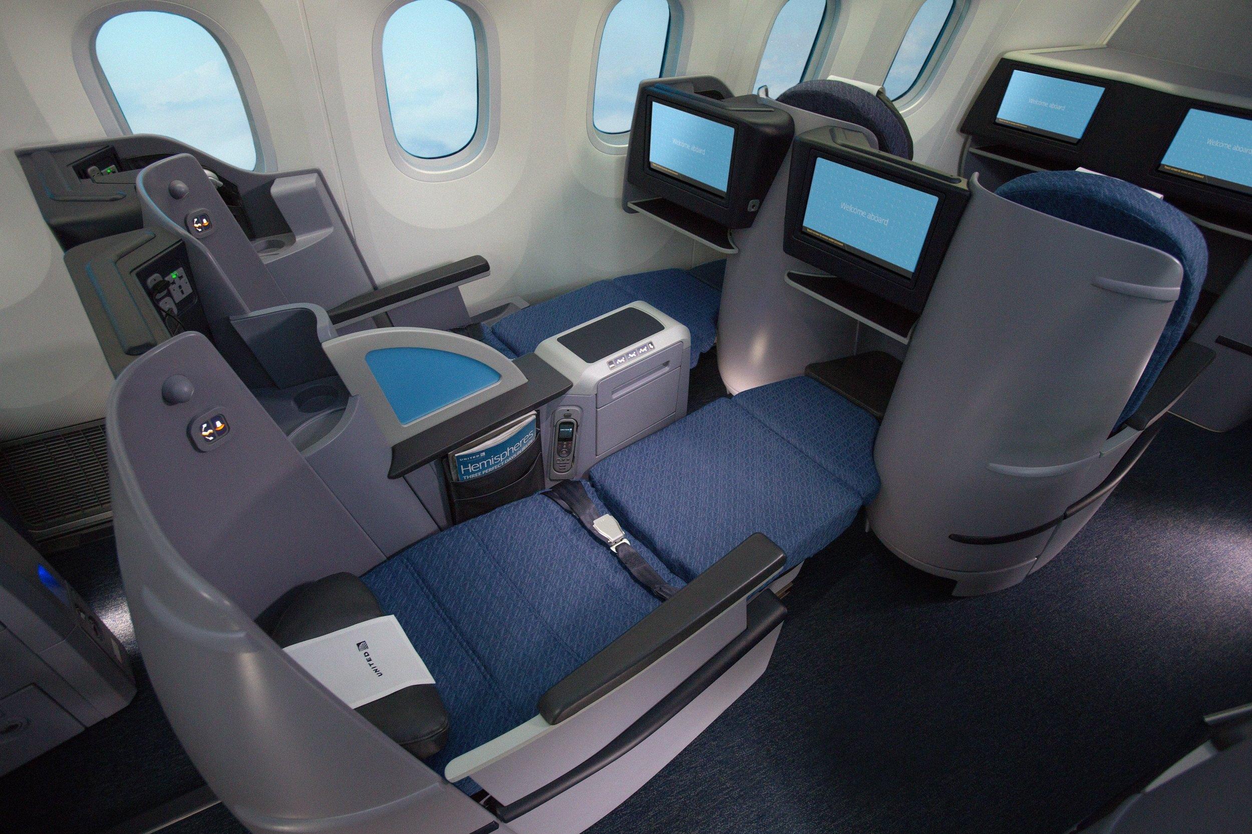 UA_PS_seat.jpg