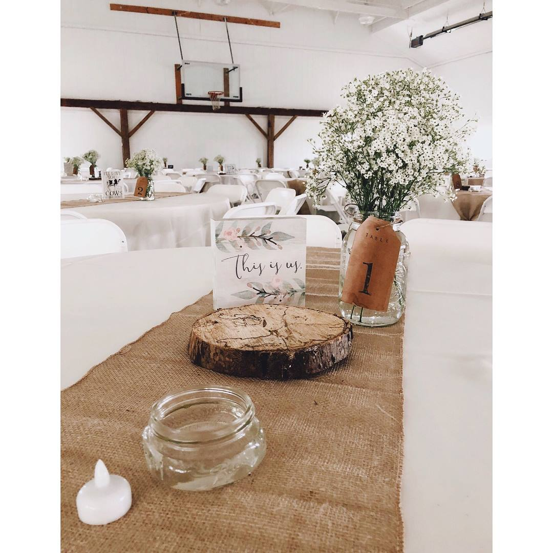 Table decor setup -