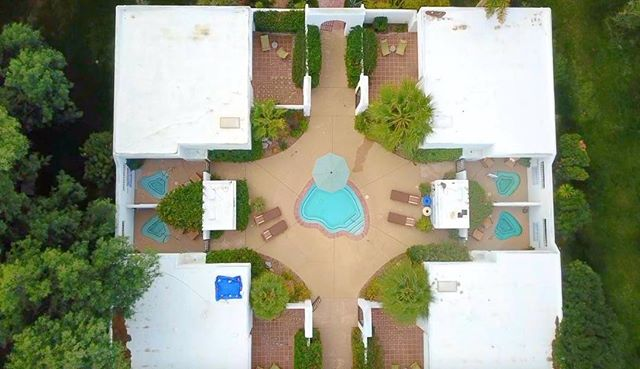 A snapshot of aerial footage we got from our stay @twobunchpalms these are their exclusive rooms.