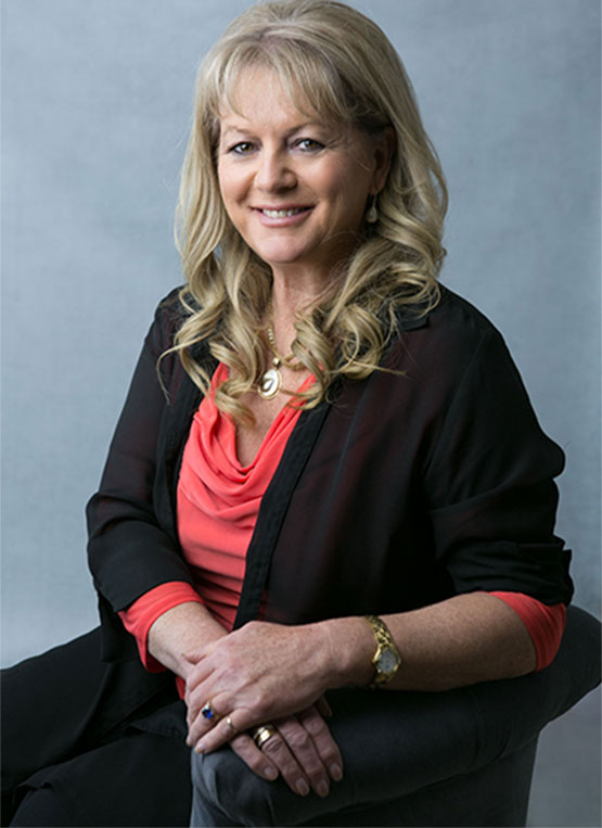 Julie-Anne Davies Senior Psychologist / Sexologist Managing Director -