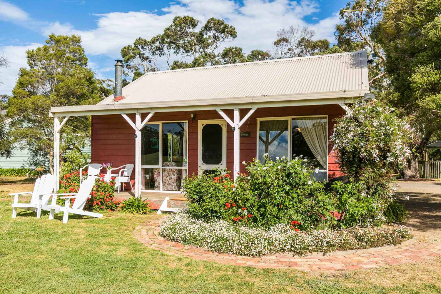 Freshwater Creek Cottages - Rose Cottage - Farmstay - best famiy holidays Victroria - Australia _.jpg