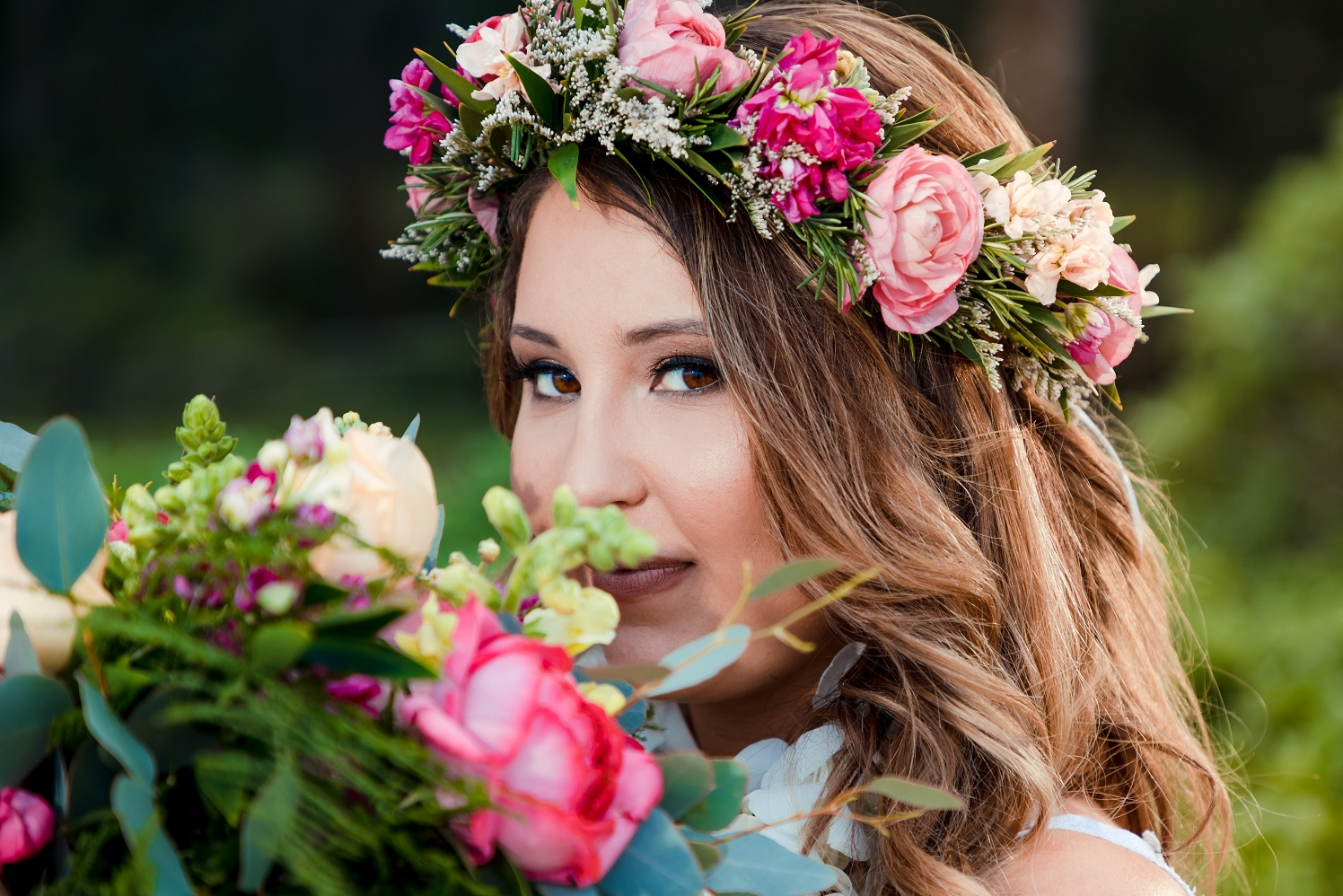 bridal and flower bridal bouquet portrait