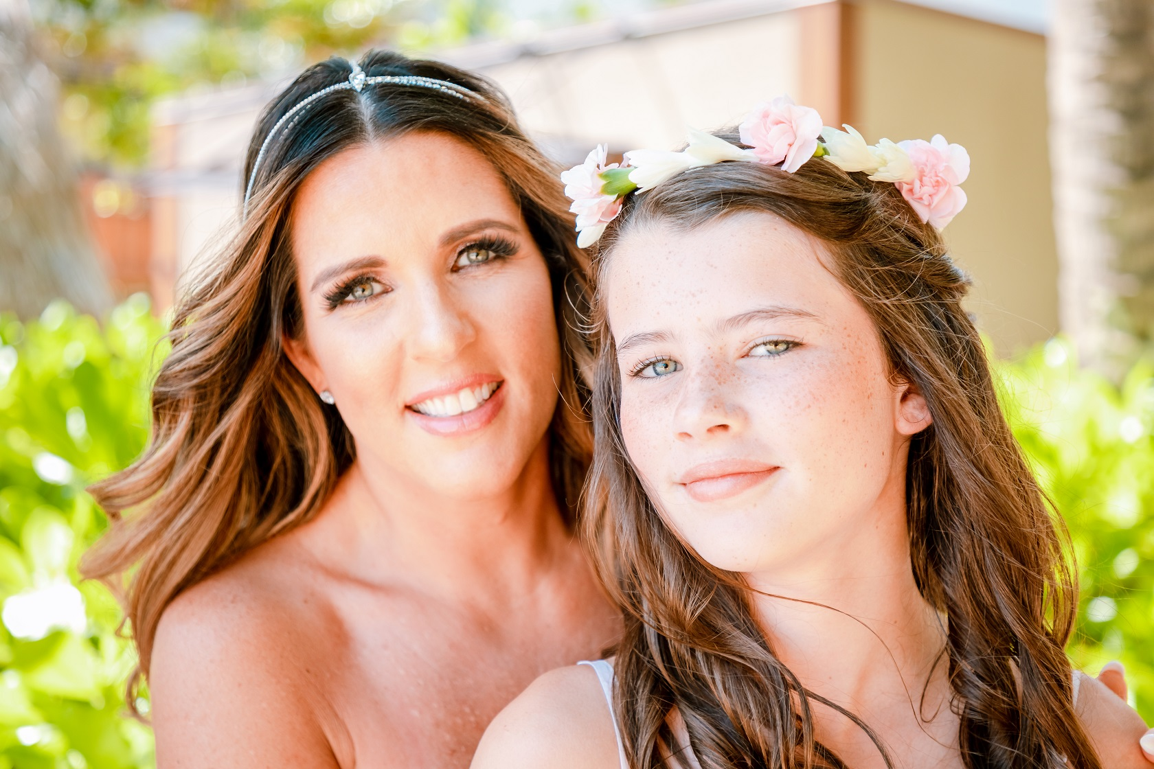 bride and daughter wedding party portrait four seasons resort oahu