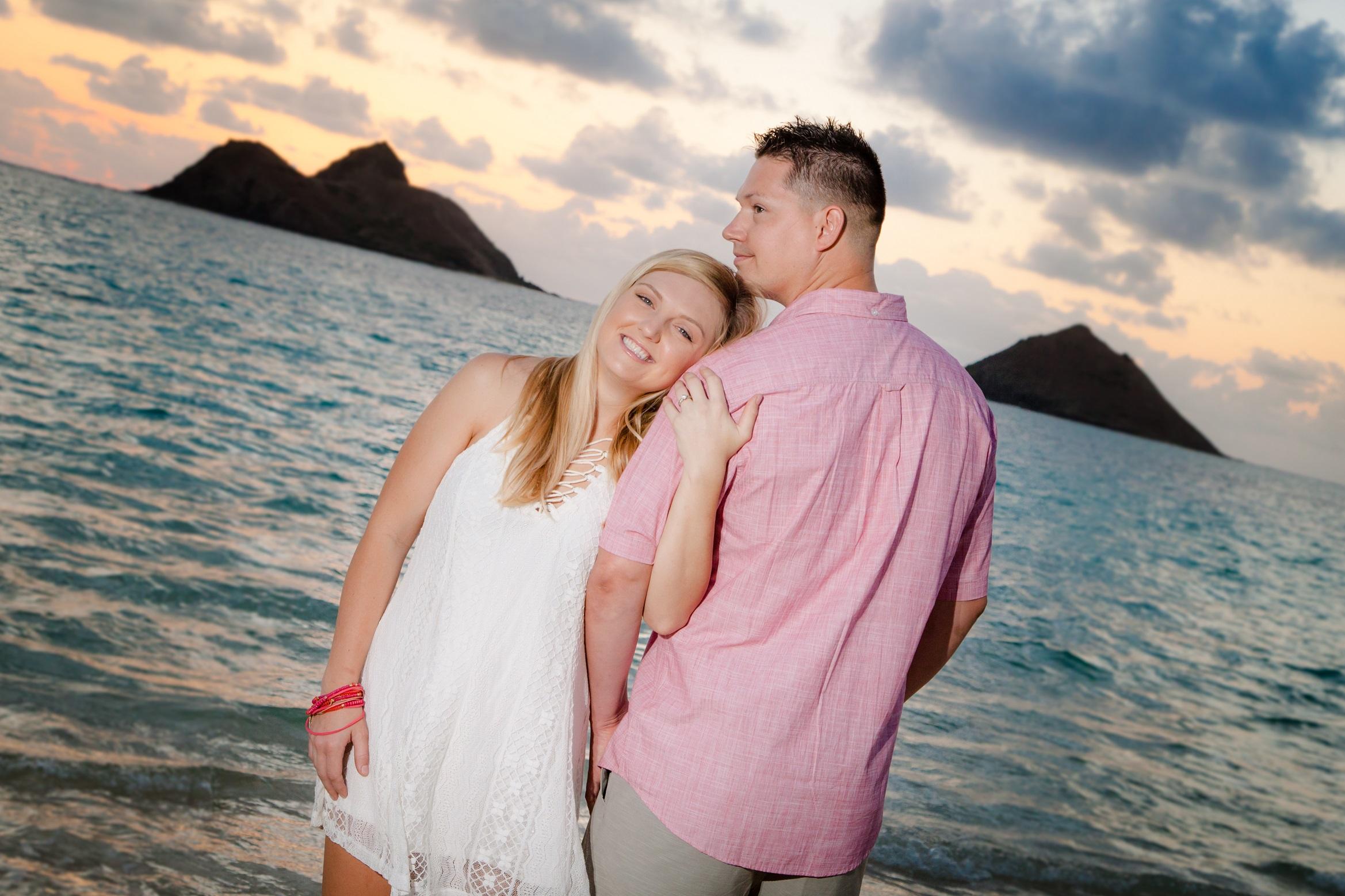 couples sunrise engagement photo lanikai beach oahu