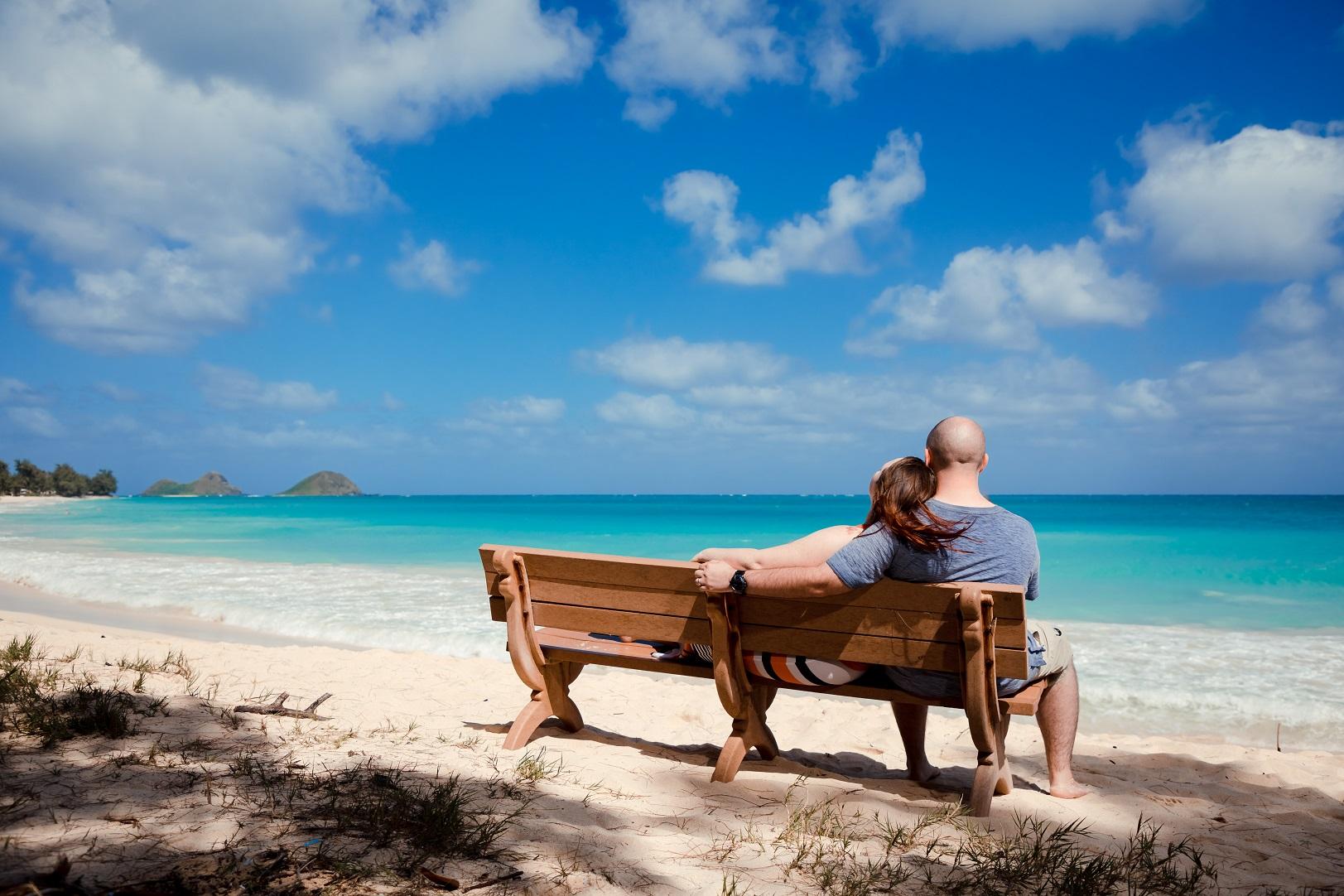 seaside hawaii beach romantic engagement photo