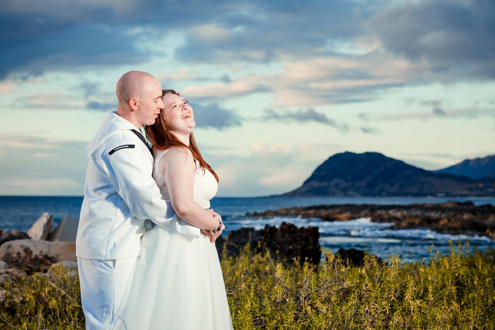oahu bride and groom beach wedding portrait photos