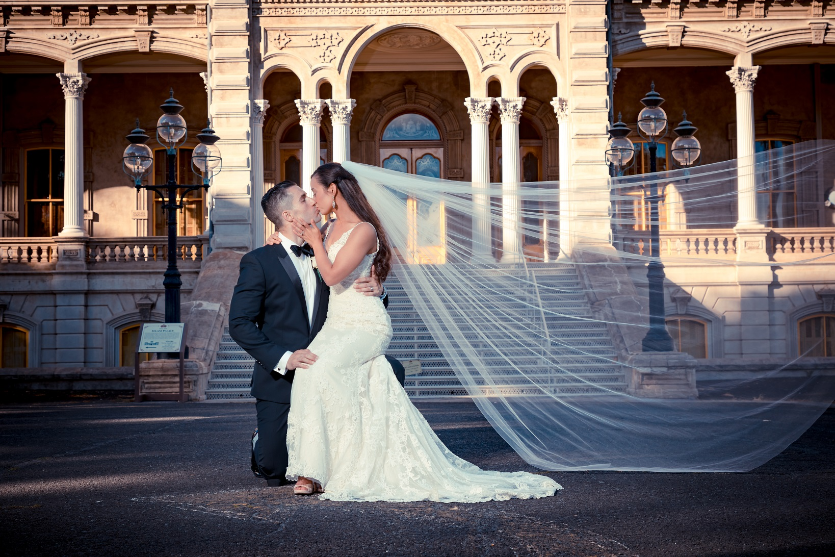 iolani palace oahu wedding portrait bride and groom