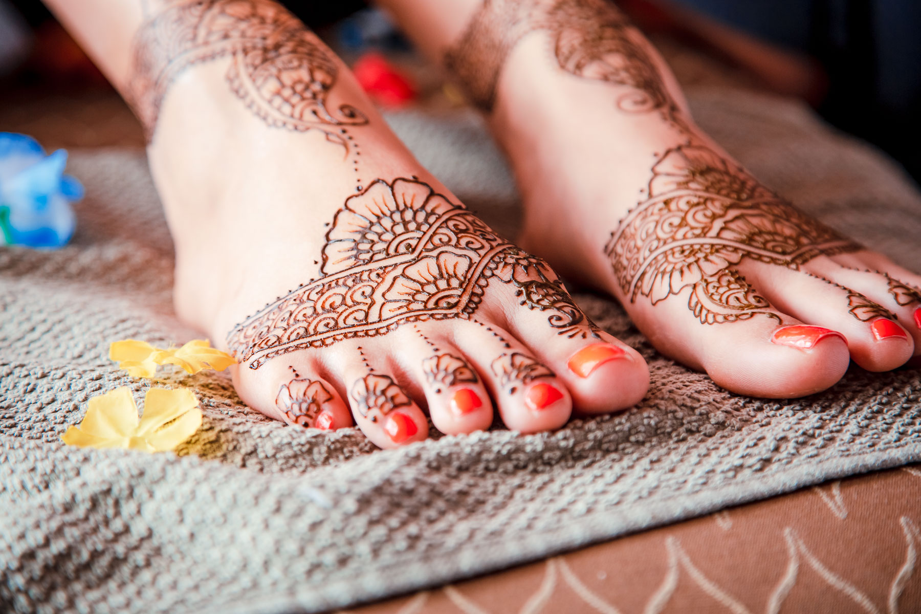indian wedding bride henna feet decoration