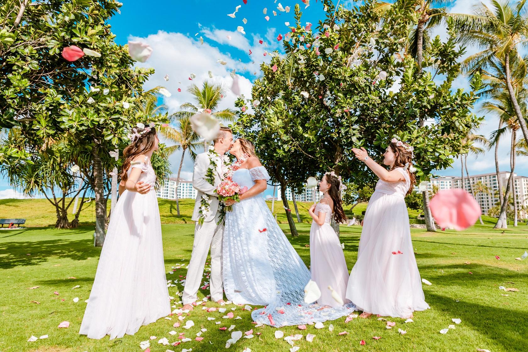 flower blessing toss bridal party wedding kiss ko olina oahu