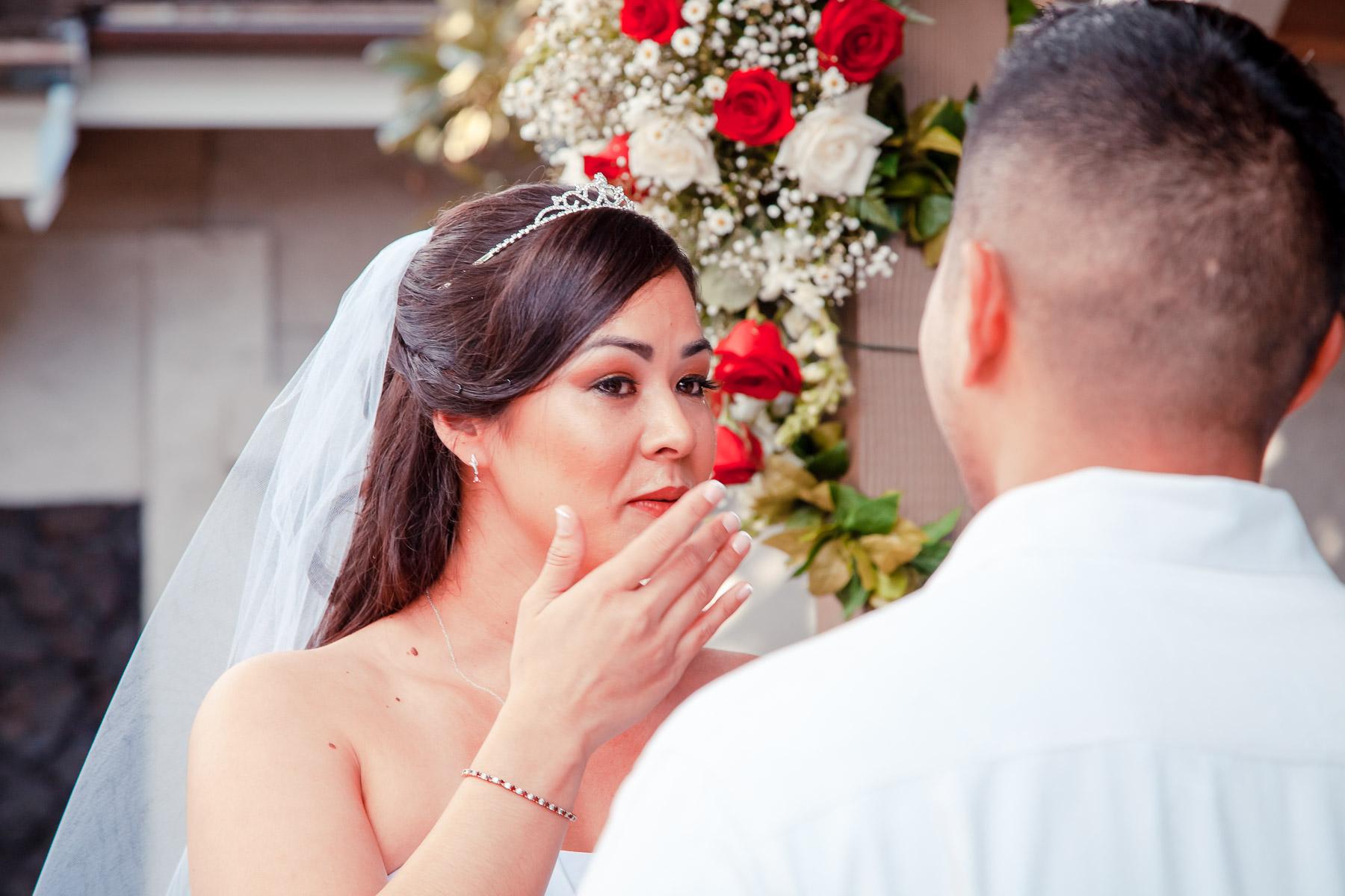 wedding bride hawaii oahu valentine day