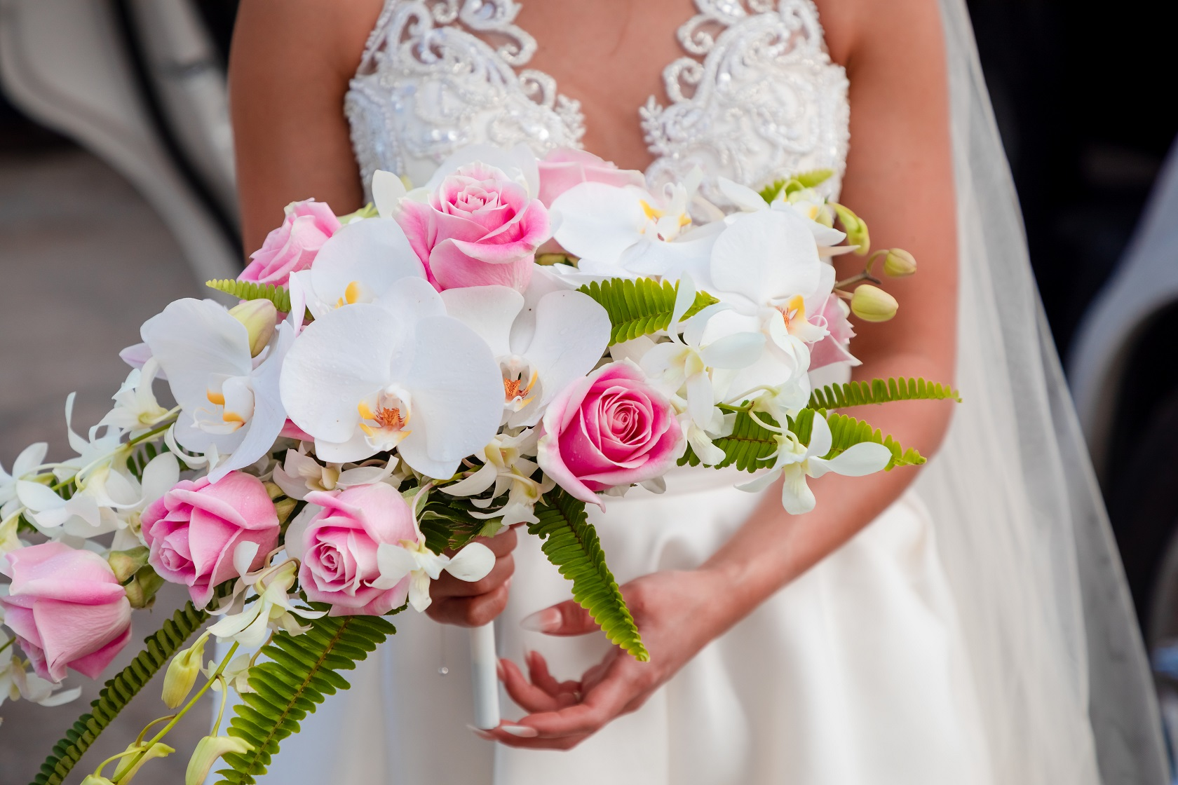 brides wedding bouquet flowers oahu photography