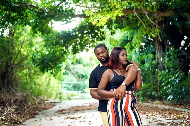 I am happiest when I'm right next to you ❤ @labelle_popo 😍 |www.travantiphotography.com 📩travantiphotography@hotmail.com for booking 👈🏾🔥😉 . .  #cutecouple #travanticouples #gettingmarried #love #bahamasphotographer #nassauphotographer #miamiphotographer #blackmancan #soulsreconnected