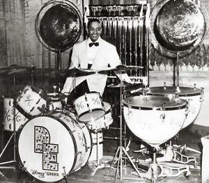 Sonny Greer adorns the Duke Ellington orchestra. How long did it take him to set up??