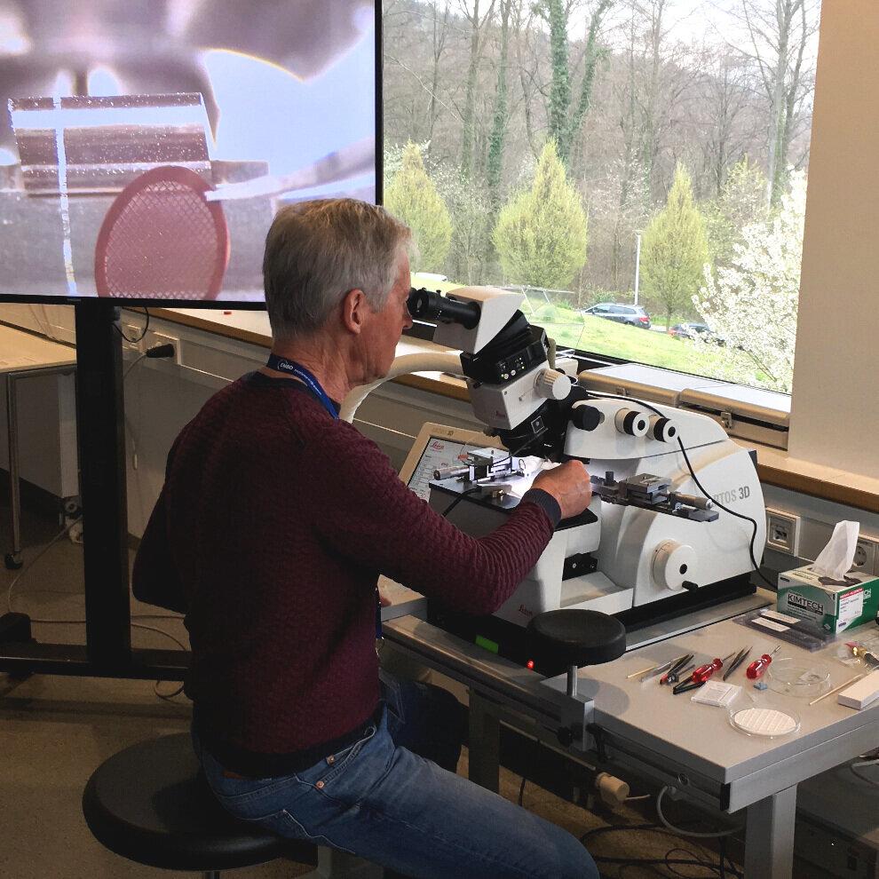 Helmut Gnaegi; Diatome, Biel, Switzerland -