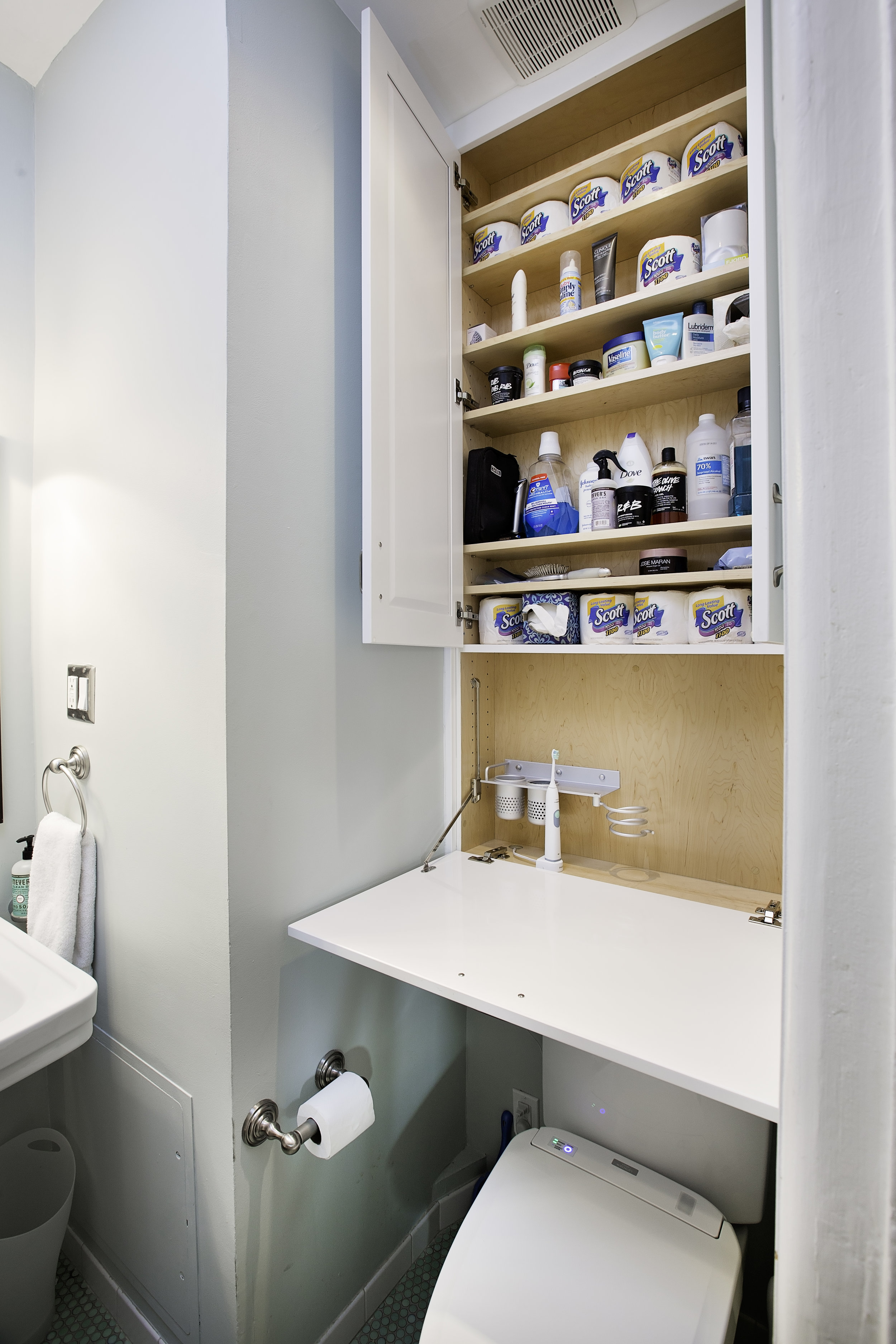 Custom bathroom storage - Increase your storage options with cabinet wall units.