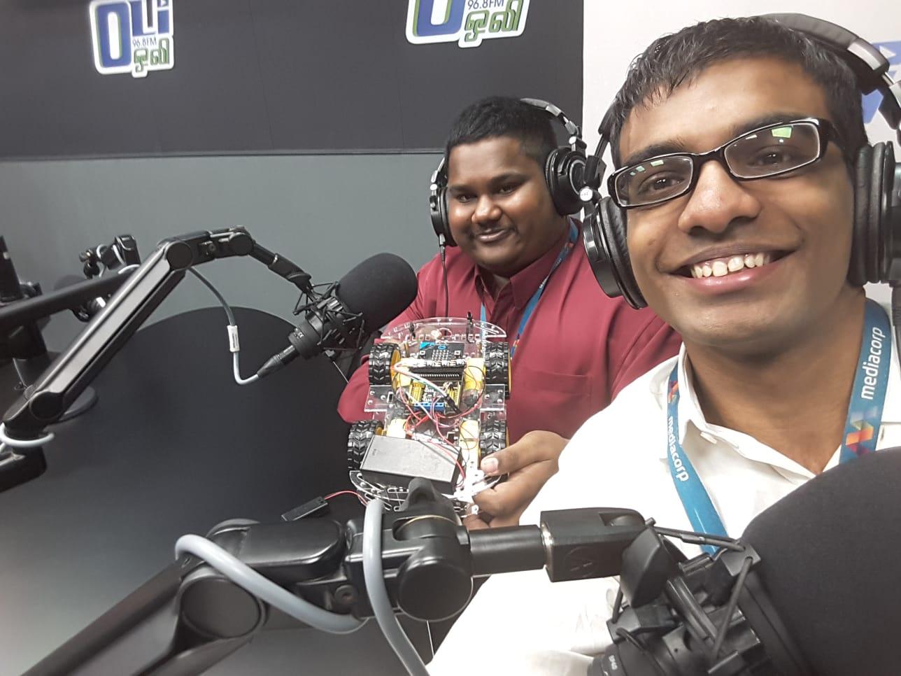 RADIO INTERVIEW OLI 96.8 FM.jpeg