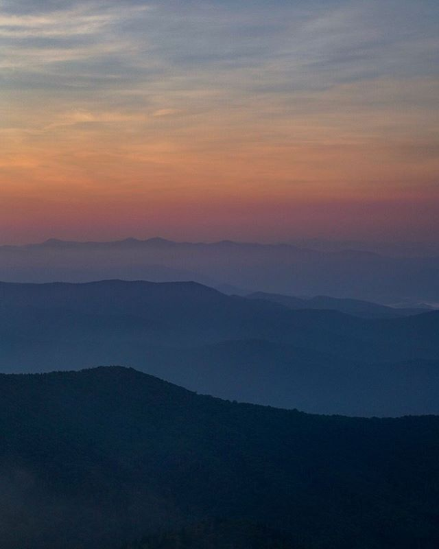 Red, white, and blue. Thankful we live in a place this awe-inspiring. Mindful of the many different things we can do to keep it that way. . . . . . #findyourpark #gsmnp #greatsmokymountains #nationalparkphotography #smokies #livelifeoutside #lookingatappalachia #adventureishere #thesouthisbeautiful #natgeotravel #slowtravel #usnationalparks #nationalparkphotography #landscapephotography #louisianaphotographer #optoutside #REIchallenge #protectourparks #lonelyplanet #mylpguide #wondersouth #bittersoutherner #believeinabettersouth #trailful #amongthewild #naturaltennessee #northcarolinanature #idratherbeoutdoors