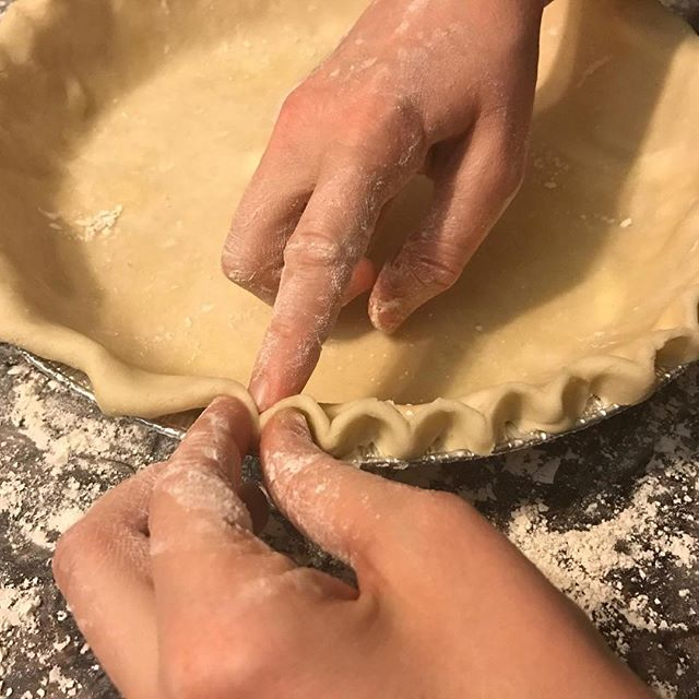 Happy Pi Day everyone!! What better reason do you need to eat pie?? 🤤🥧 let me hear it! Comment your favorite pie flavor! #pieday #pi #pie #yummy #toriestastytreats