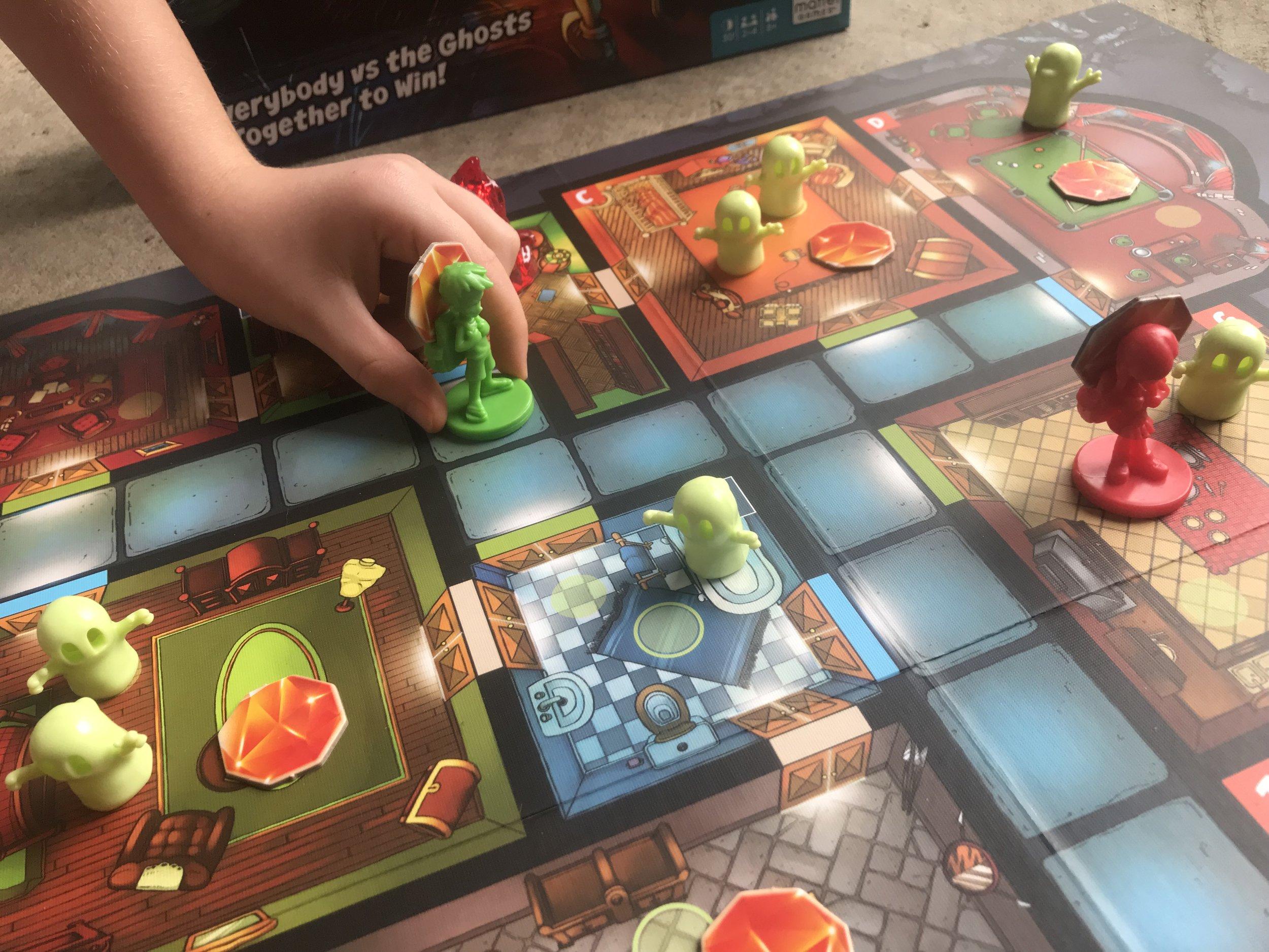 ghost fightin treasure hunters mattel cooperative game review 9.jpeg