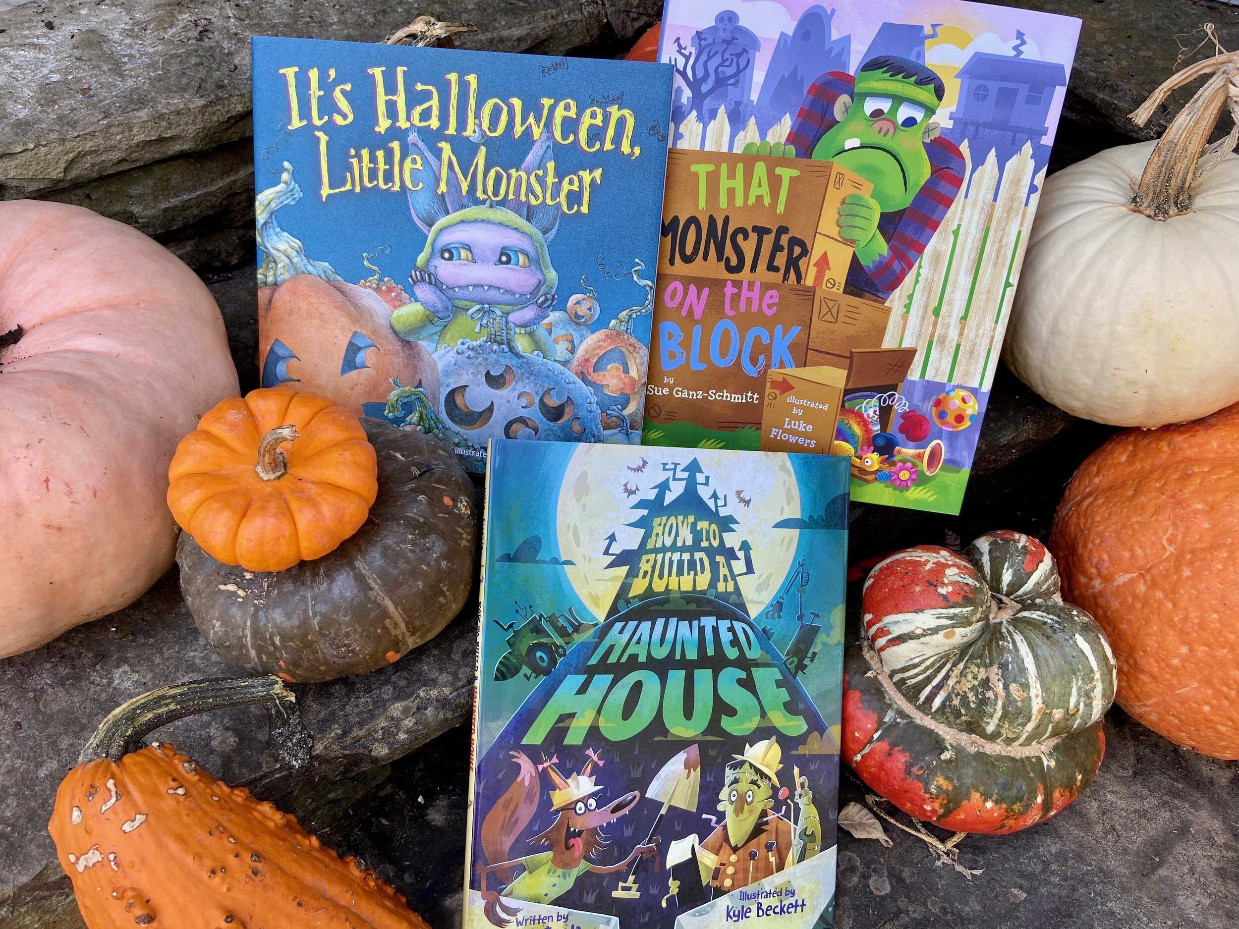 Halloween Books October 2020 October 2020 Giveaway: Halloween Picture Book Pack | Dad Suggests