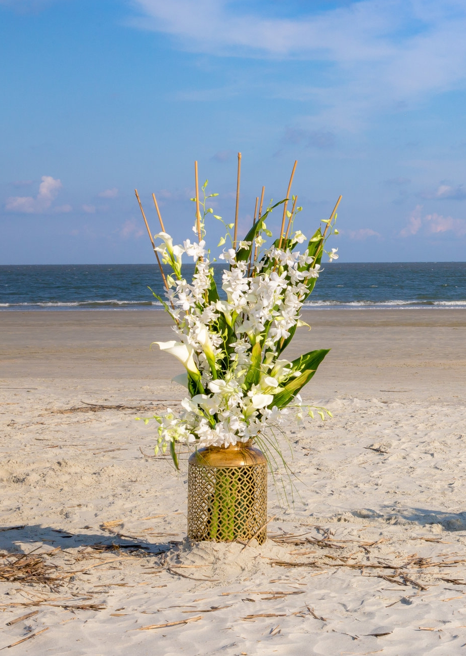 Fripp Island SC Wedding decorations flowers orchids