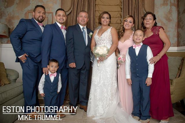Sneak Peek at a beautiful wedding #nikon #weddingphotography #estonphotography #nolaphotos #nolaphotographer #portraits