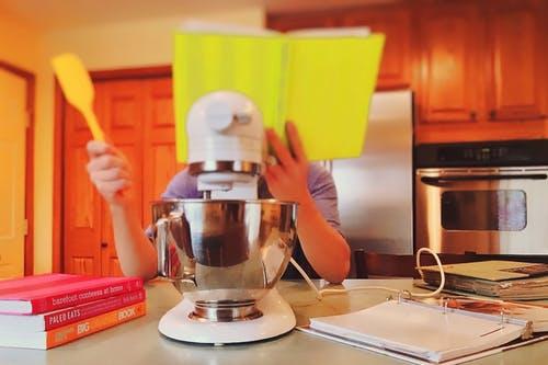 cookbooks nornal kitchen.jpeg