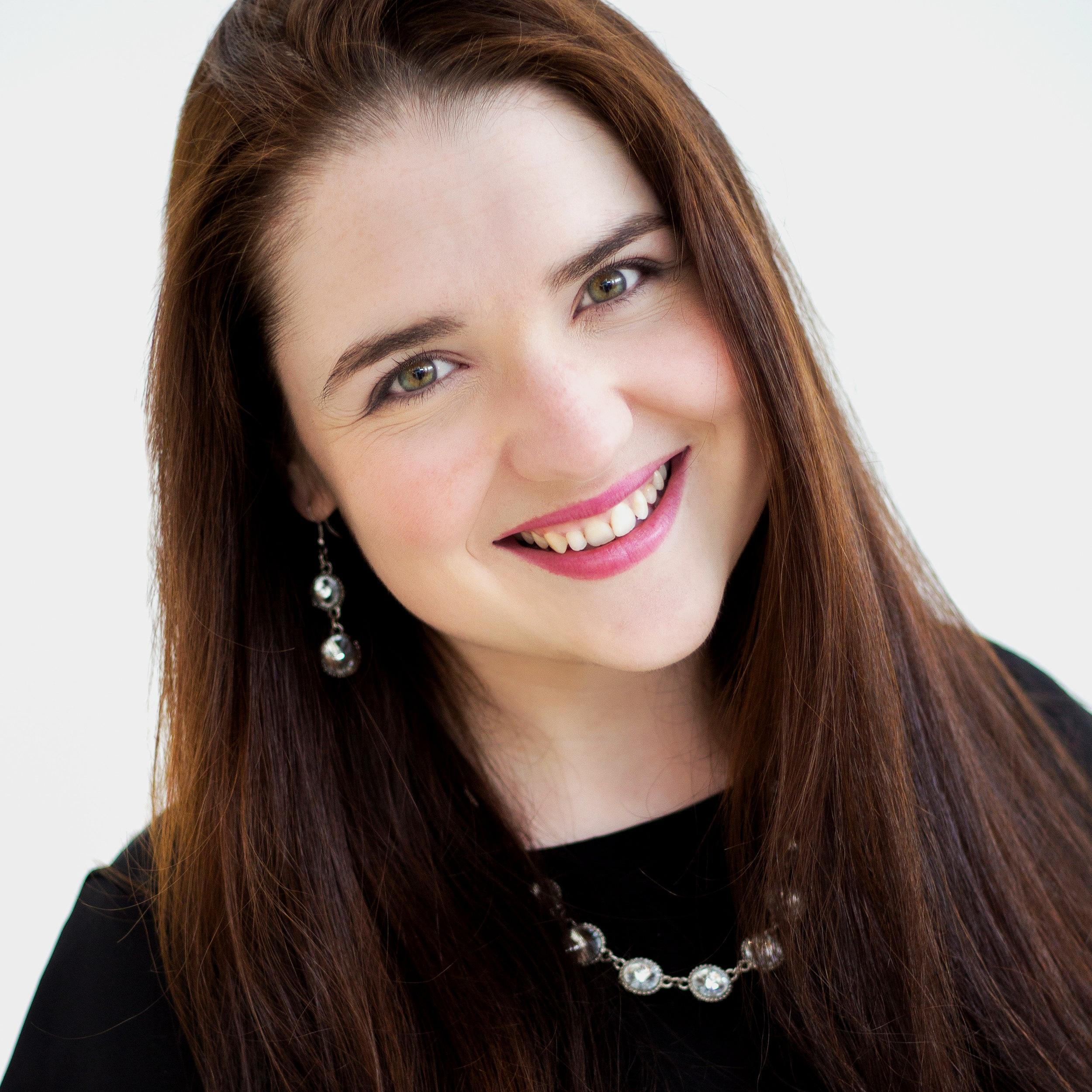 Janice de Bróithe - Assistant Director