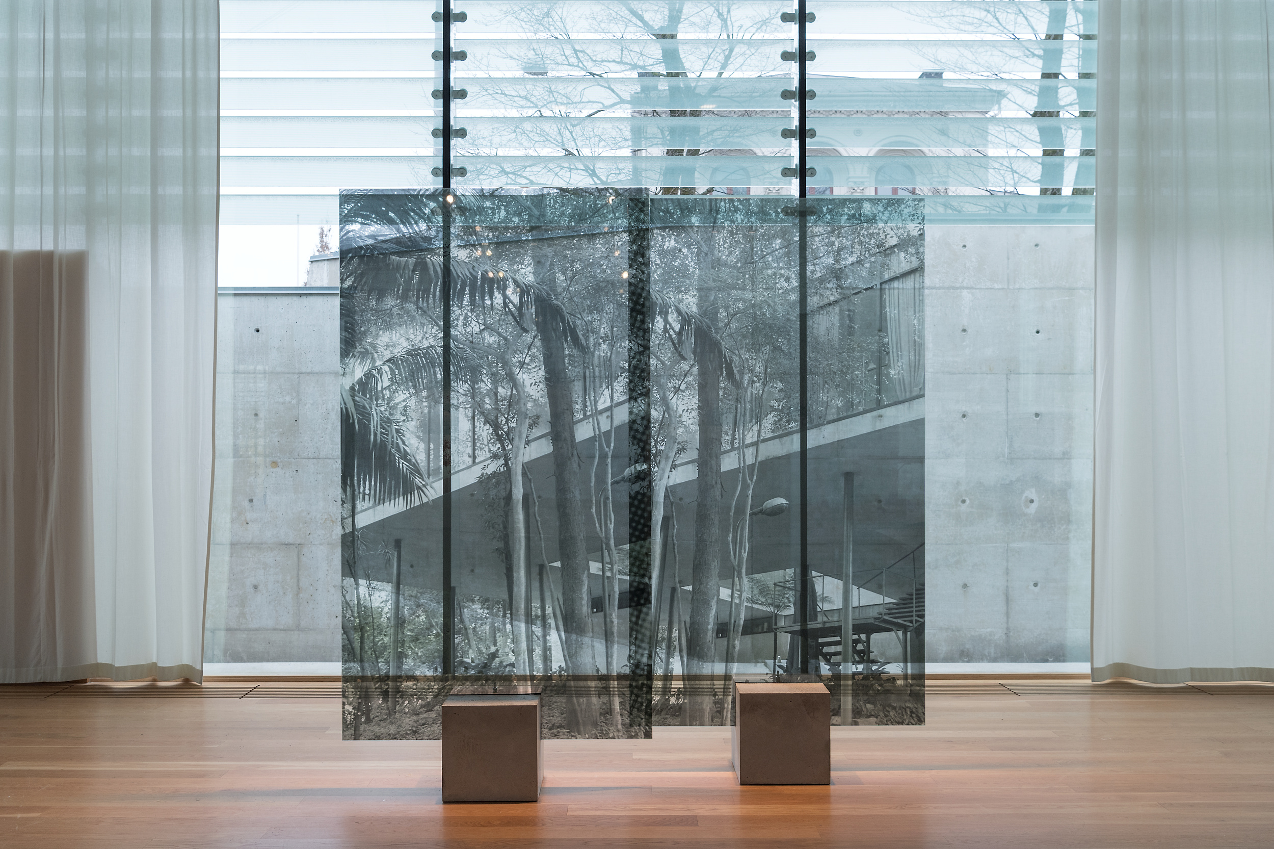 Kota Ezawa, Chez Tortoni , 2015,duratrans transparency and LED lightbox,10 x 13 inches,25.5 x 33 cm, edition of 5, with 2 AP