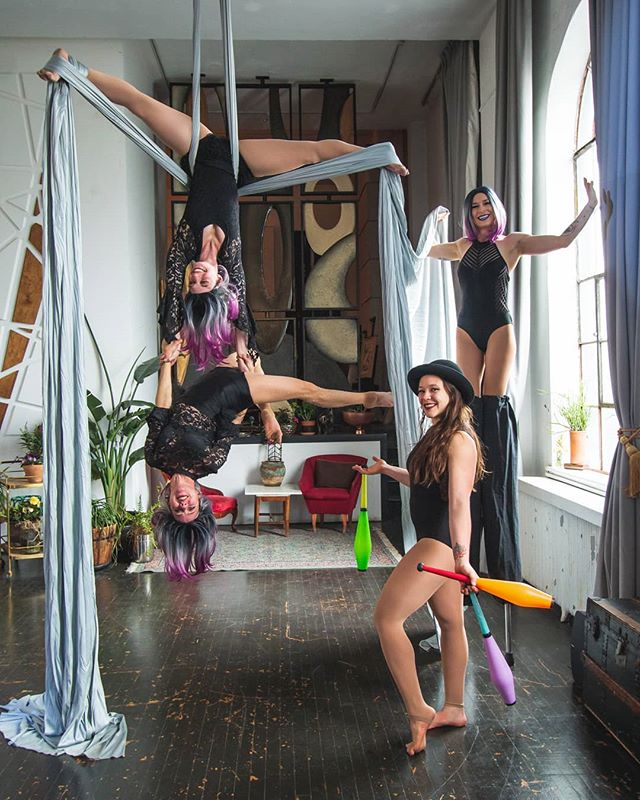 Repost from @rainbowmilitia  Friends of Rainbow Militia 🌈📣 We have a new Facebook group we would love for you to join! This group is the perfect place to be notified of upcoming performance opportunities, circus jams at our new @zabiticircus warehouse, and more! Link is in our bio 🎉 📷@finnocitta @invisiblecity  #friends #joinus #followalong #comecircus #weloveyou #rainbowmilitia #rainbowlove #zabiticircus #invisiblecity #aerial #aerialistsofig #silks #aerialsilks #aerialduo #stiltwalker #juggling #circus #circusarts #denvercircus #denverevents #circusphotography #cirqueduinsta