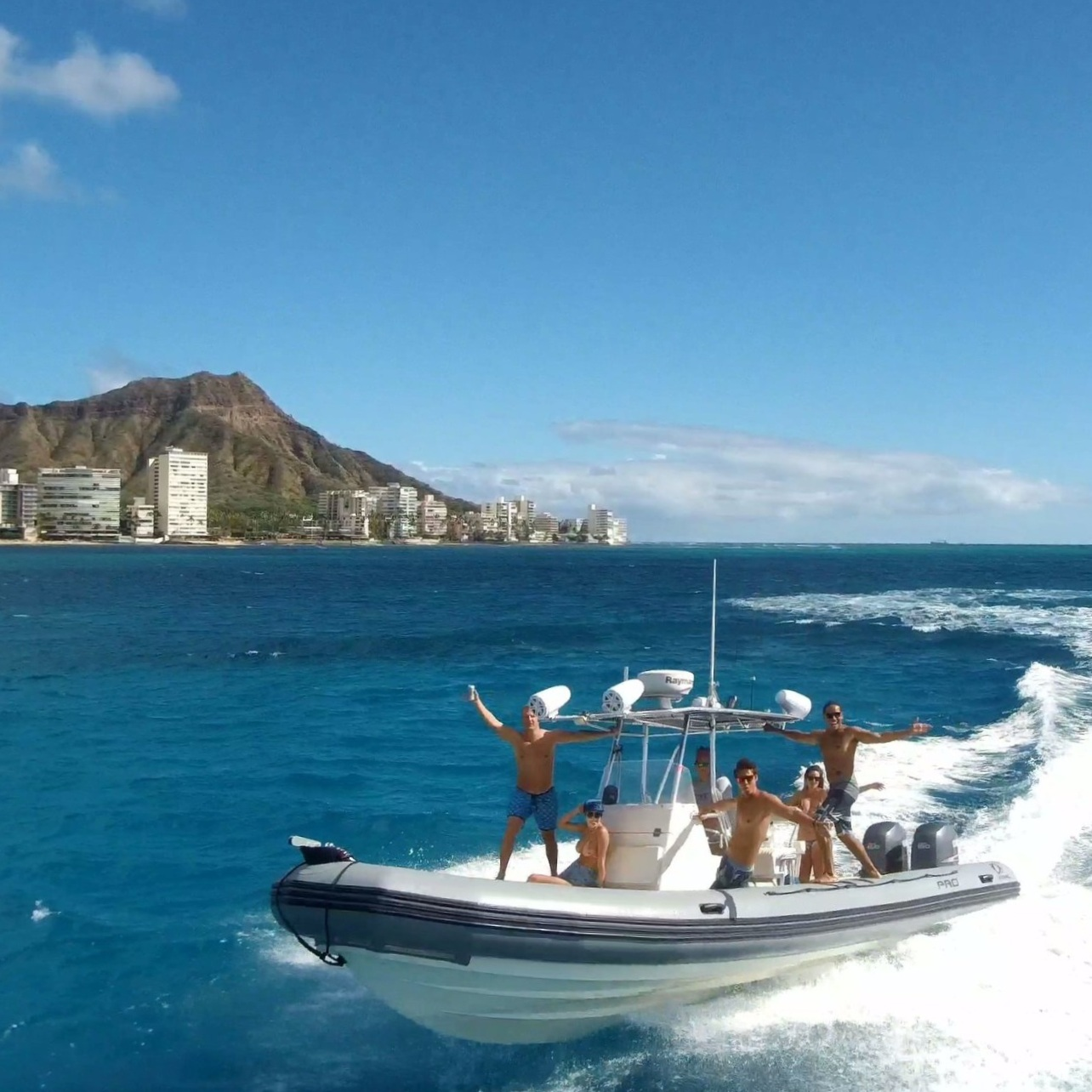 Private Adventure Boat charter in Waikiki at Diamond Head