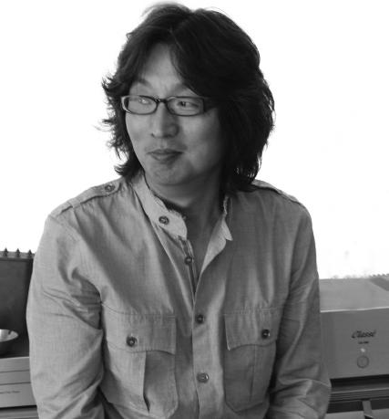 Kim Woo Young   김우영 studio@kimwooyoung.com