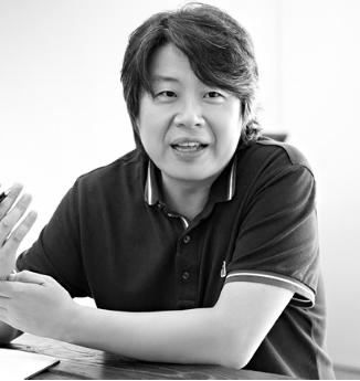 Kim Han   김한 kimhanyes@naver.com