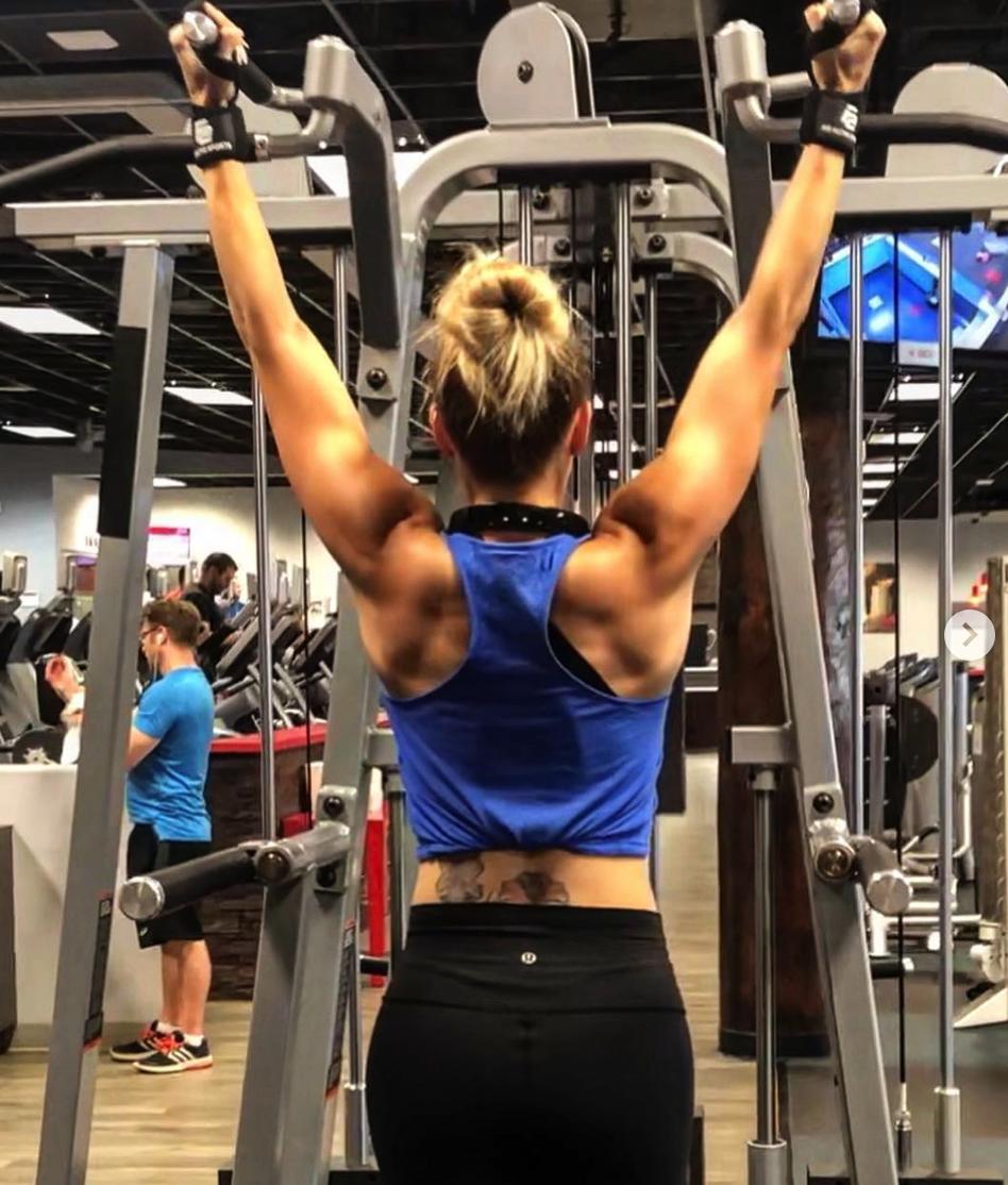 krisfit_babes_Back_Shoulders