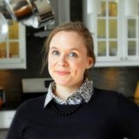 Lisa Rutledge, RD - http://www.custom-nutrition.com/