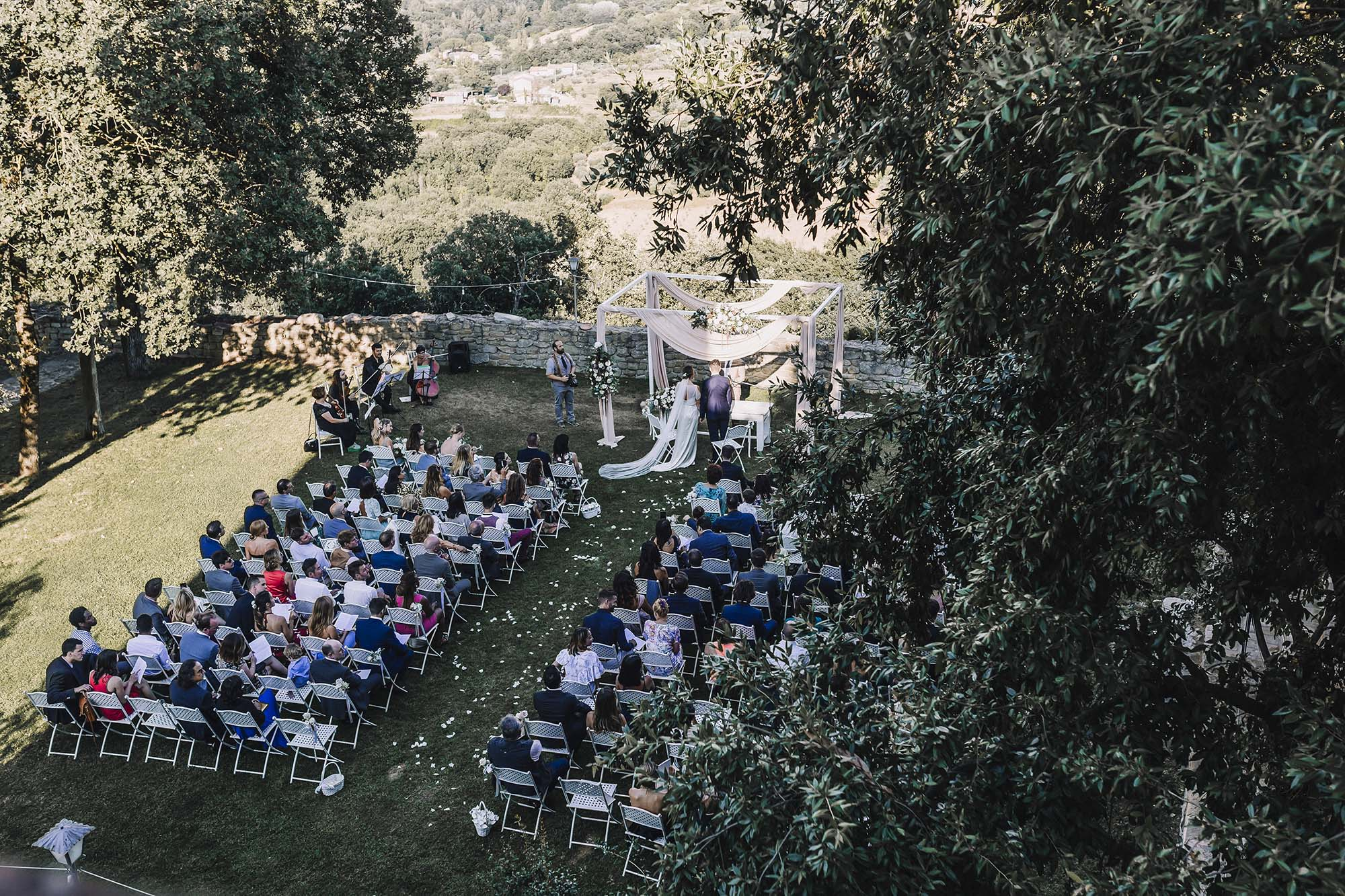 Wedding Castle Italy.jpg