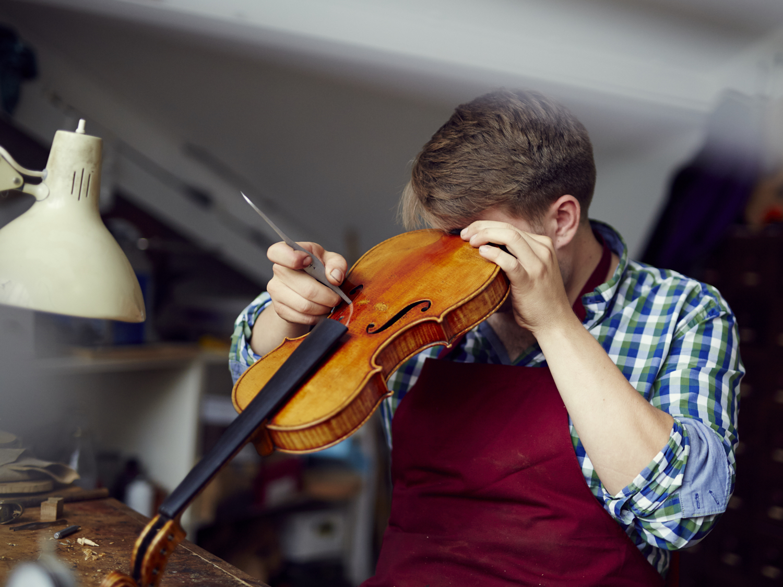 Dominik_W_ViolinMaker_012.jpg