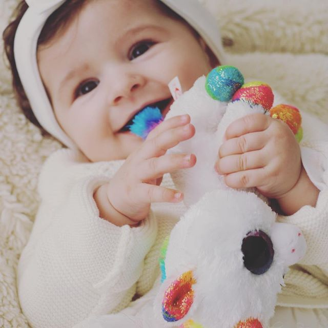 I'm going to be a unicorn this year 🦄 #mombloggers #momblog #tyunicorn #unicorn #cutebabies