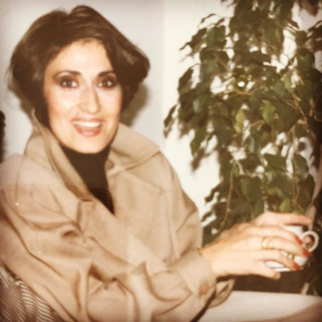 All I've been posting lately is Baby G, so here is the Orignal G, the OG. My mama in all her greatness rockin one of her killer outfits as usual. Funny how her entire look could come out of a current magazine. Always ahead of her time and lost before her time 🙏 #mom #og #momblog #fashionista #80sfashion #styleofmimi #discoverunder10k #fashion #gonebutnotforgotten #legacy
