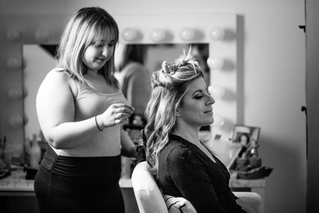 CT Hair and Make-Up Artist, Loose Curls