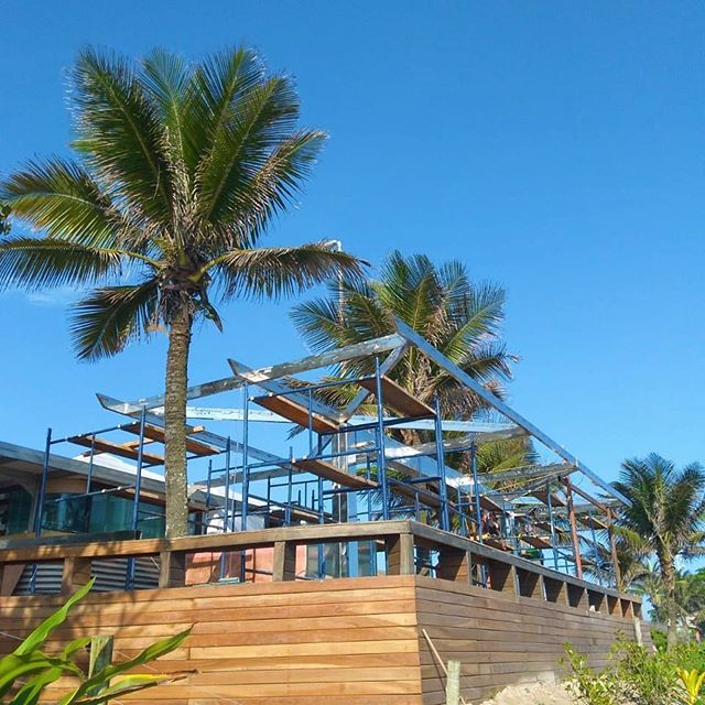 Uma parceria de 10 anos, Mude e Orla Rio, melhorando as praias do Rio de Janeiro. Novo quiosque na Barra, com nova área coberta.  #avidaelafora #mudefit #foconaendorfina #treinoaoarlivre #saude #qualidadedevida