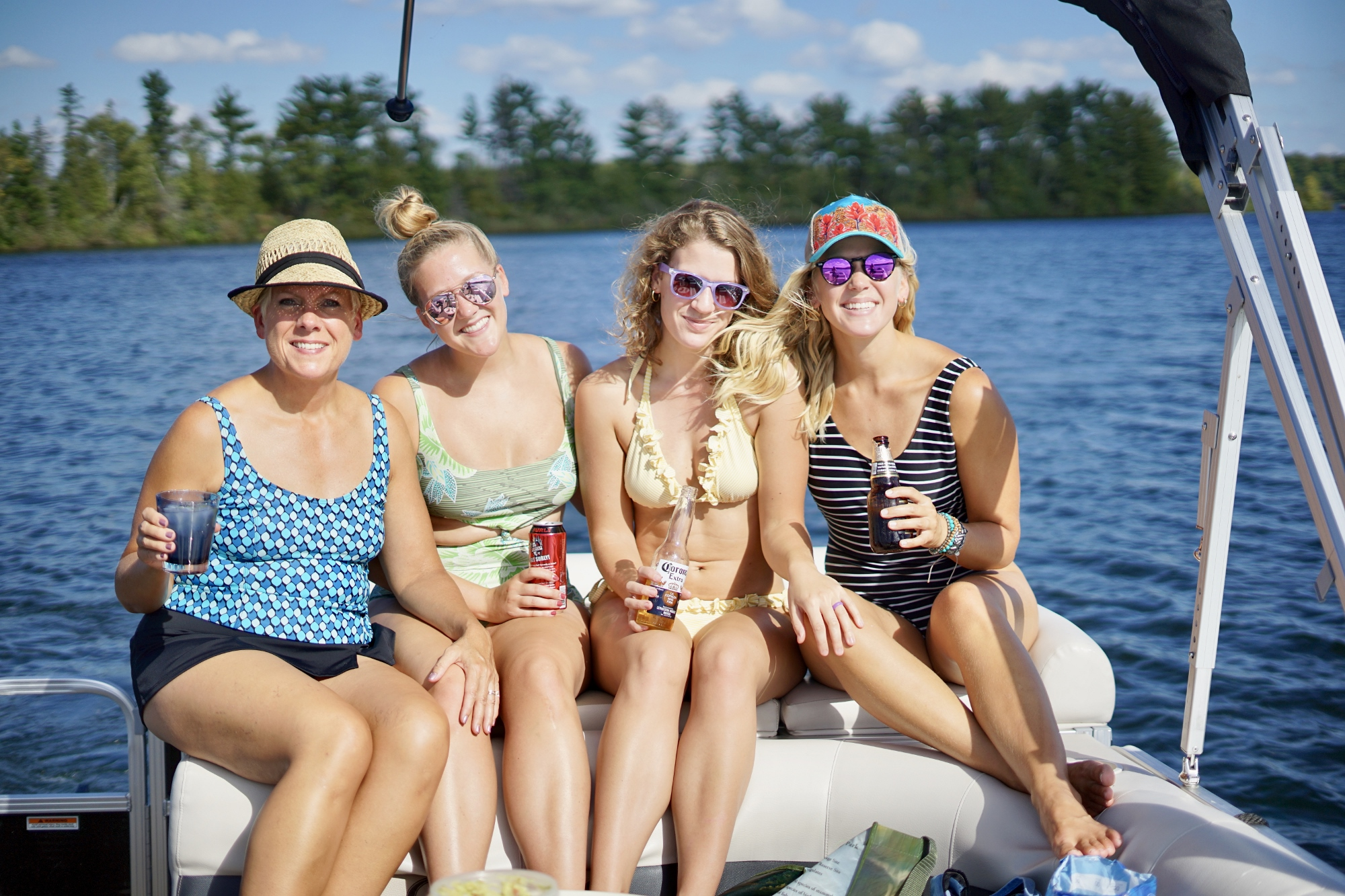 Minnesota - lake time with the Feyder girls