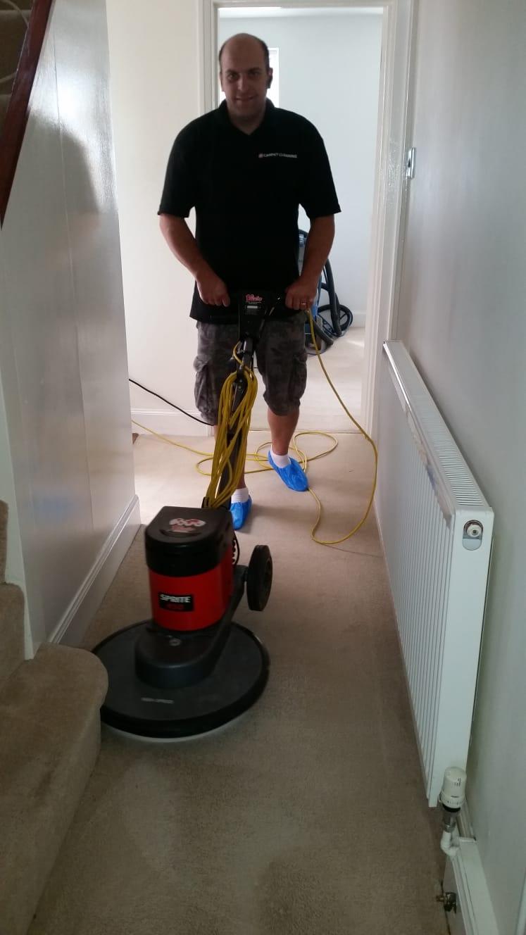 carpet scrubbing