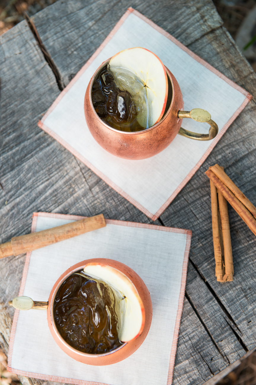 Glamping | Glamping Ideas | Glamping Decorations | Fall Vibes | Fall Decor Ideas | Glamping Party | Boho Fall Decor | Cozy Fall Decor | Fall Table Ideas | Fall Tablescapes | Colorful Fall Table | Outdoor Fall Party | Fall Table Centerpieces | Fall Table Decorations | Moscow Mule | Fall Cocktail Ideas | Paprika Southern