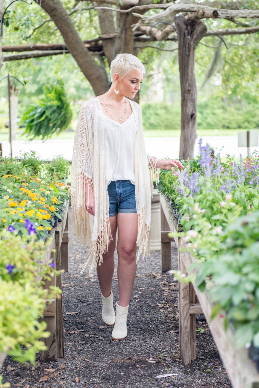 Summer Style | Summer Outfit | Southern Style | Summer Outfit | Summer Outfit Ideas | Summer Outfits for Women | Casual Summer Outfit | Boho Style | Boho Summer Outfit | Easy Summer Style | Kelsey Bucci | Paprika Southern | Denim Shorts | White Top | Flowy Vest | Crochet Vest | White Boots