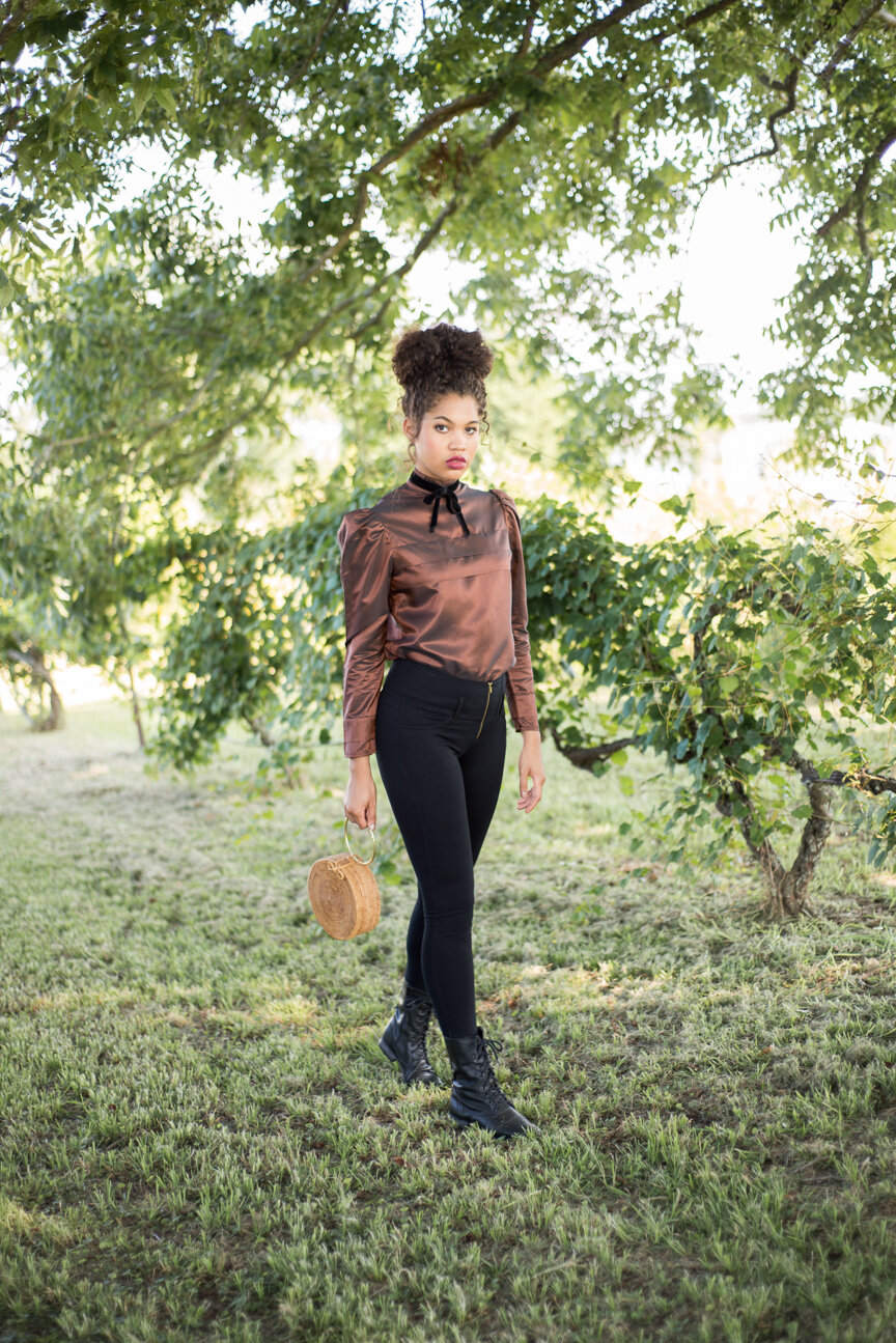 September Poetry | Fall Fashion Editorial | Fall Style | Fall Outfit Ideas | Romantic Style | Vintage Fall Looks | Romantic Fall Looks | Women's Outfit Ideas | French Style | Vintage Outfit Ideas | Paprika Southern