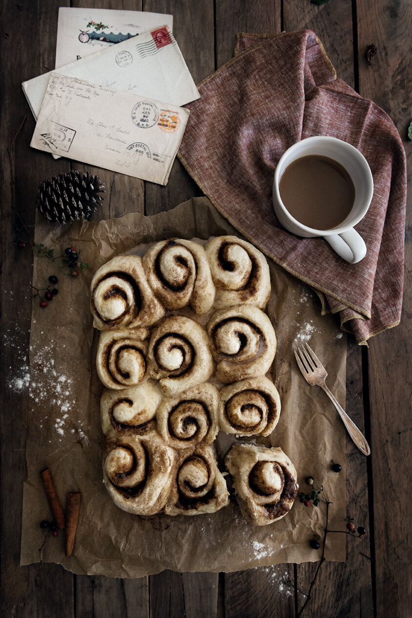 Food Photography | Food Styling | Cinnamon Rolls | Winter | Food Photography and Styling | Prop Styling | Still Life | Holiday Morning | Winter Morning | Visual Storytelling | The Art of Visual Storytelling | Visual Storyteller | Paprika Southern
