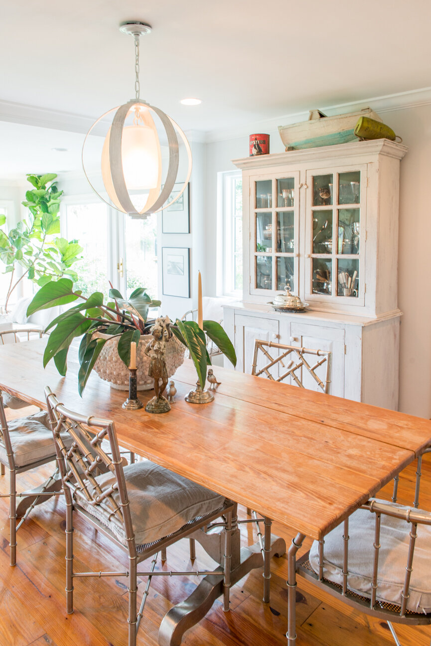 Soulful and Storied   At Home with Bellamy Murphy   Southern Home   Home Decor   Coastal Home Decor   Interior   Interior Inspiration   White Dining Room   Dining Room Ideas   Home Decor Ideas   Interior Decor   Paprika Southern