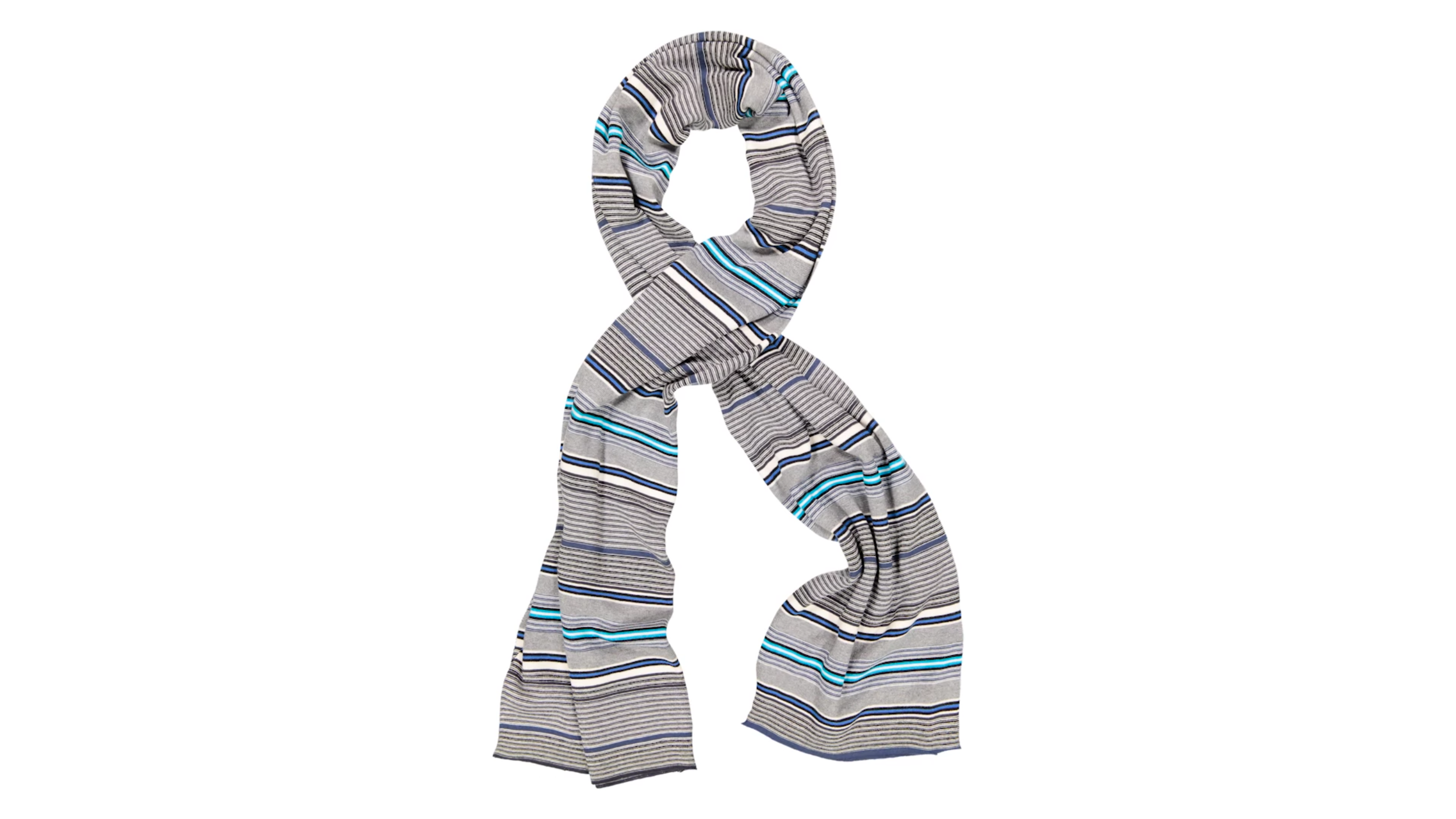 When lighting your shot, cast it directly into the middle of the scarf. This style already showcases a lot of shadows due to the creasing, so a more neutral light direction helps make sure the colours and material of the scarf are brought to life.